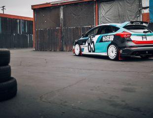 OZ_Racing_Rally_Racing_Race_White_Ford_Focus_RS_HR_1.jpg