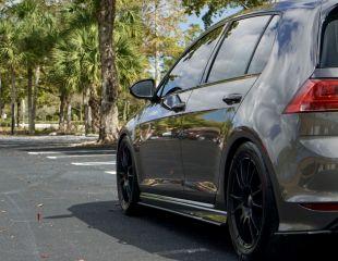 OZ-racing-Ultraleggera-matt-black-VW-Golf-VII-R_1.JPG