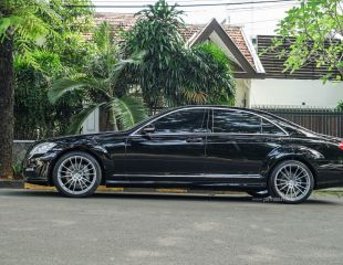 oz-racing-atelier-forged-ares-hand-brushed-mercedes-s-class-1.jpg