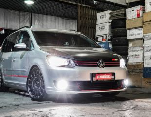 oz-racing-rally-racing-dark-graphite-18-vw-touran-1.jpg