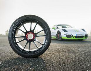 OZ_Racing_Ultraleggera_HLT_Central_Lock_Matt_Graphite_Porsche_001.jpg