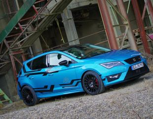 oz-racing-superturismo-gt-matt-black-seat-leon-fr-.JPG
