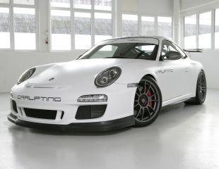 OZ_Racing_Ultraleggera_HLT_Central_Lock_Matt_Graphite_Porsche_GT3_001.JPG