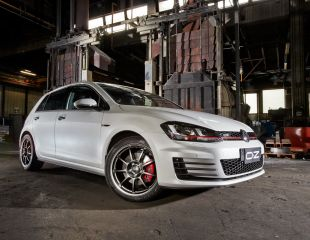 OZ_Racing_Alleggerita_HLT_Titanium_Tech_Volkswagen_Golf_VII_GTD_001.jpg