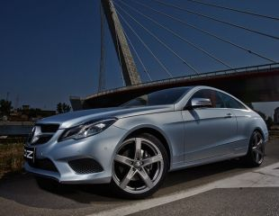 OZ_Racing_Monaco_HLT_Grigio_Corsa_Mercedes_Classe_E_Coupe_001.jpg