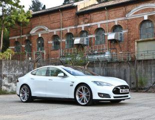 OZ_Racing_Atelier_Forged_HLT_Zeus_Hand_Polished_Tesla_1.jpg