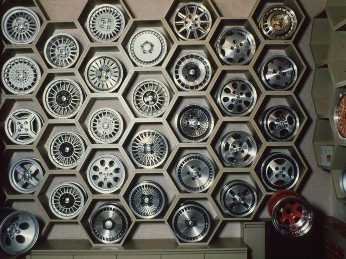 1994. OZ estableció su propio Centro tecnologico de Estilo: OZ Design Lab.