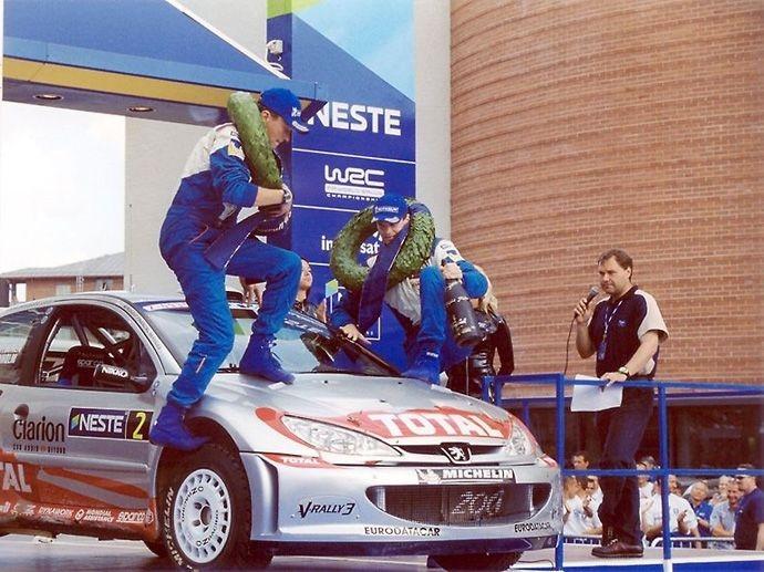 2002. WRC Drivers' Title Marcus Grönholm Peugeot 206 WRC 2002. WRC Manufacturers' Title Peugeot 206 WRC