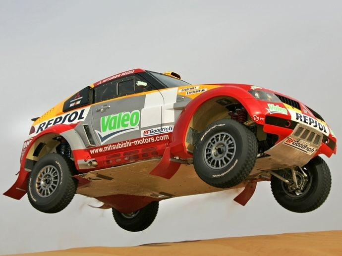 2007. Rally Raid Dakar's Title Stéphane PeterhanselFrancia Jean-Paul Cottret Mitsubishi Pajero Evolution