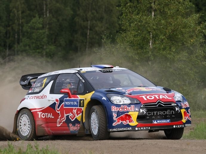 2012. I WRC firar OZ sitt åttonde konstruktörsmästerskap med Citroen Total World Rally Team och sitt nionde förarmästerskap med Sebastien Loeb.
