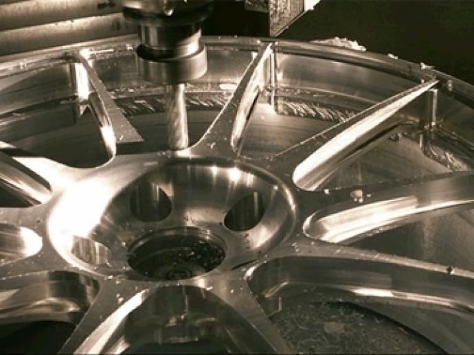 2017. In 2017 hernieuwt OZ de IATF 16949-certificering voor de productie van gesmede wielen, een fundamentele vereiste voor de levering aan de belangrijkste autofabrikanten die sinds jaar en dag OZ kiezen…