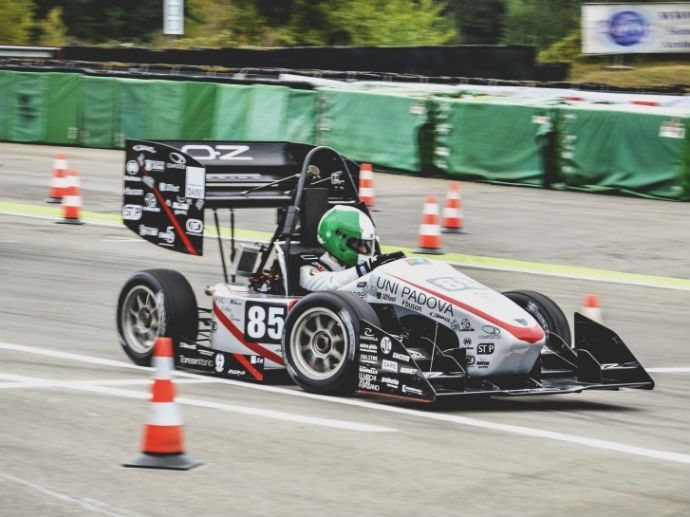 OZ supports young talents Innovation is a core value of OZ. The company is involved in the Formula Student competition which gives students and young engineering graduates the opportunity to face real-life professional situations…