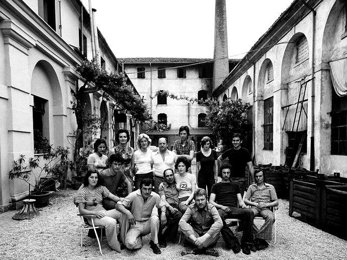 1971. Gründung in einer Tankstelle in Rossano Veneto (bei Venedig) durch Silvano Oselladore und Pietro Zen.