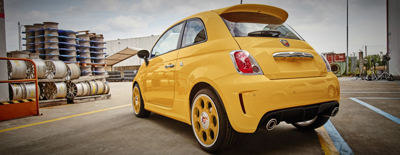 OZ_Racing_Anniversary_45_Giallo_sole_myPersonal_Fiat_500_Abarth_1