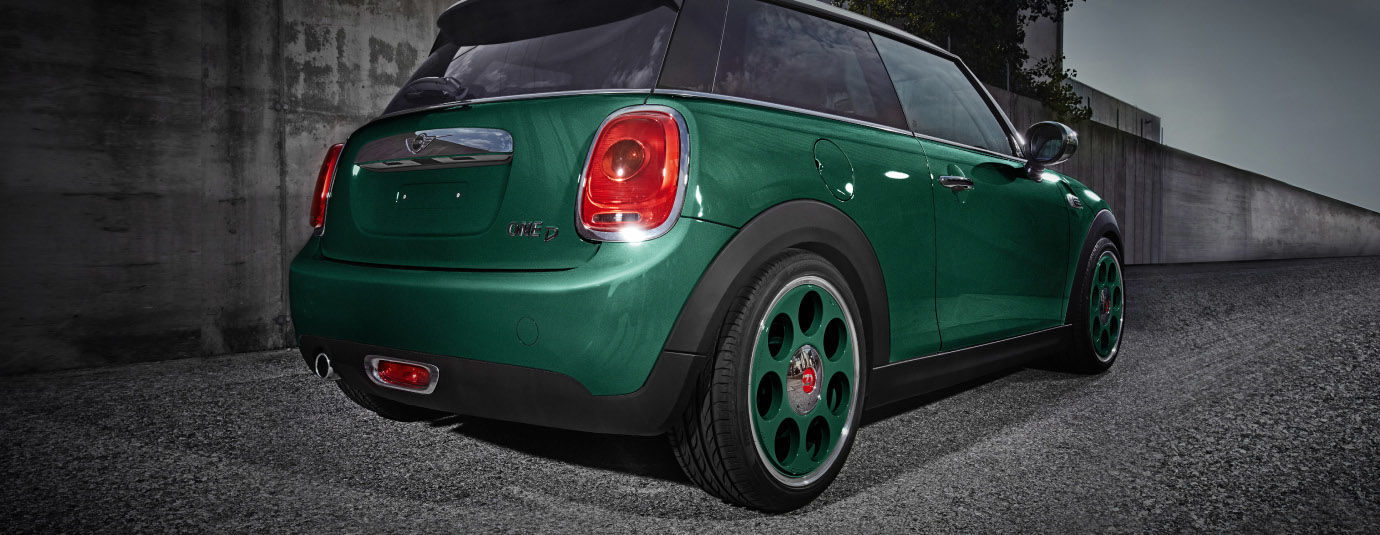 OZ_Racing_Anniversary_45_British_Green_myPersonal_Mini_One_Cooper_Banner_1